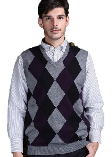Plaid&Plain Men's Argyle V-Neck Golf Sweaters Vest