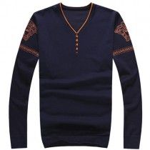 Plaid&Plain Men's Slim Fit V Neck Sweater Jacquard Pull-over with Tipping